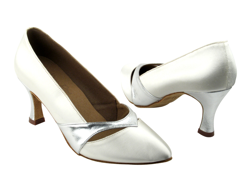 Ladies' Standard & Smooth - Very Fine Signature - S9171 - White Satin & Silver Trim