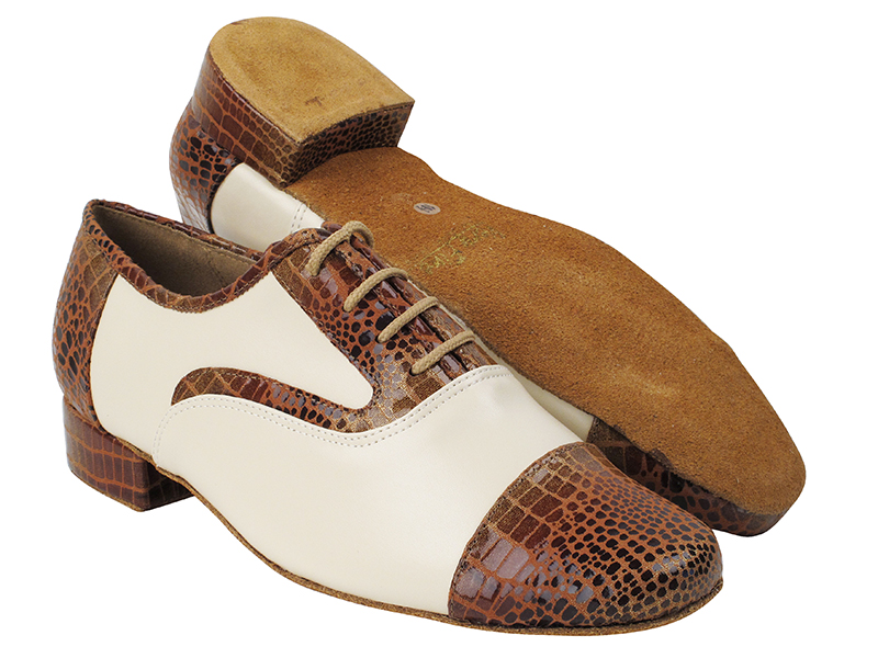 916102 304 Brown Snake_F_B_15 Creamy White Leather_M