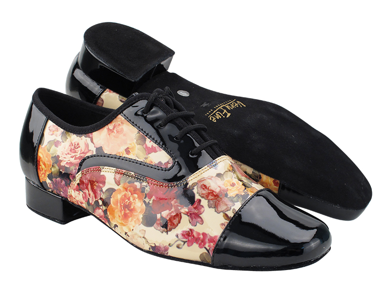 916102 Black Patent_F_B_287 Flower PU_M with Men 1