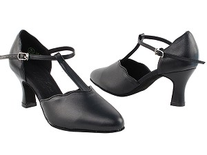 "C6819 Black Leather with 2.5"" Heel in the photo"