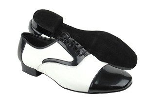 "C916102 Black Patent & White Leather with 1"" heel in the photo"