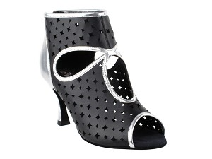 "CD3022 Black_Silver with 3"" Flare heel in the photo"