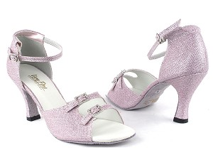 "1620 272 Light Pink Glitter with 3"" Heel in the photo"