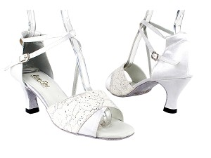 "1659 194 Lace White Glitter_White Satin with 2.5"" Heel in the photo"
