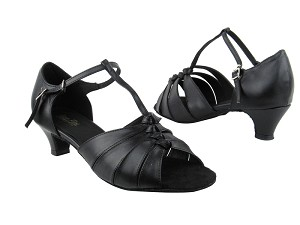 "1672 Black Leather with 1.3"" Heel in the photo"