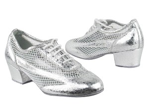 "2009 205 Ultra Silver_177 White Mesh with 1.5"" Heel in the photo"
