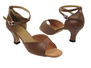 "6012 133 Coffee Brown Leather with 2.5"" Heel in the photo"