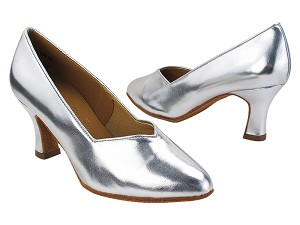"S9106 Silver Leather with 2.5"" Spool Heel (PG) in the photo"