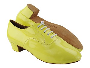 "C915108 226 Fluorescent Grass Yellow Patent with Men 1.5"" Latin Heel in the photo"