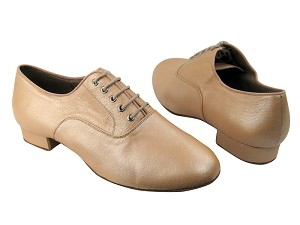 "C919101 BC1 Light Tan Light Leather with 1"" Standard heel in the photo"