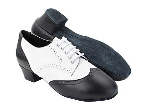 "PP301R Black Leather_White Leather with 1.5"" Latin Heel in the photo"