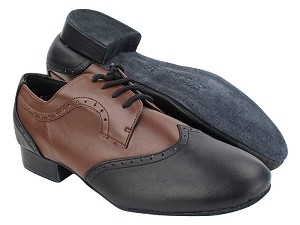 "PP302 Black Leather_Dark Tan Leather_M with 1"" heel in the photo"