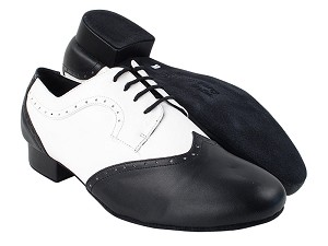 "PP302 Black Leather_FB_White Leather with 1"" Standard Heel in the photo"