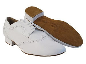 "PP302 White Leather with 1"" Standard Heel in the photo"