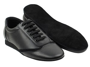 SERO104BBX Black Leather with flat heel in the photo